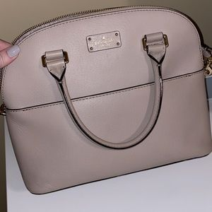 Kate Spade Carli Grove satchel in light pink!